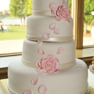 Cakes For Wedding On Wedding Cakes With Weddings At Horwood House