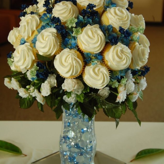 Cupcake Bouquets Make Your Guests Do More Than Just Smell The