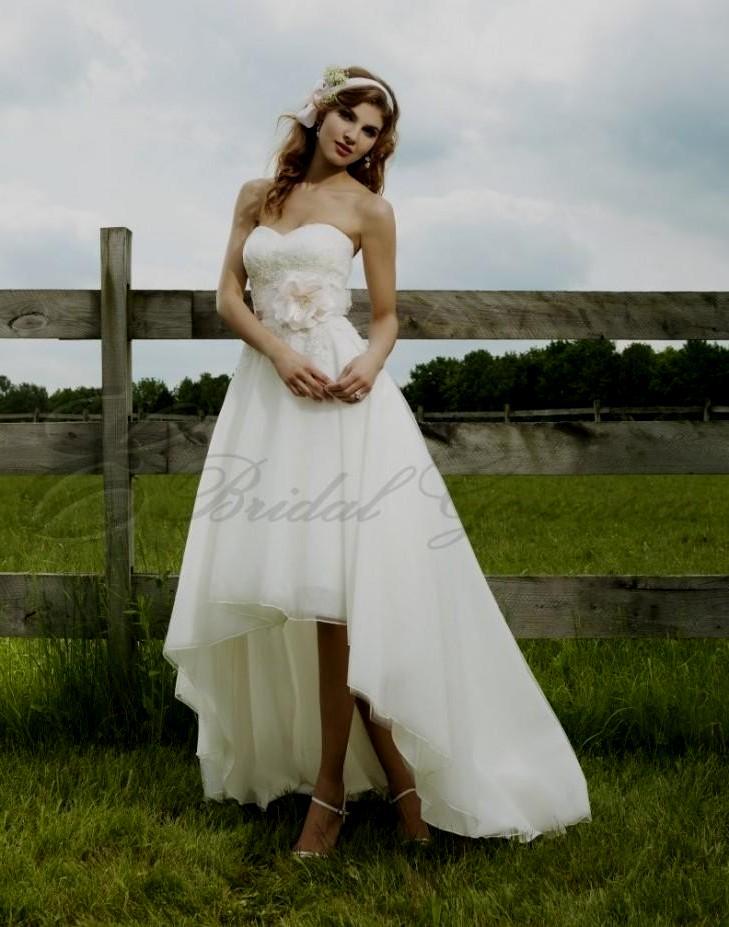 f8f2ec443b High Low Wedding Dress With Cowboy Boots
