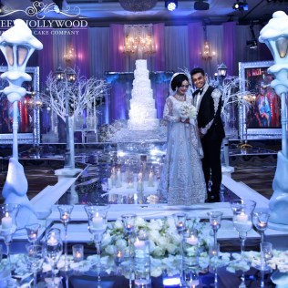 Luxury Winter Themed Wedding Cake @ Hilton Park Lane
