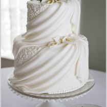 Vintage Style Ideas For Wedding Cakes And Wedding Accessories
