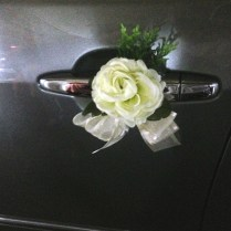 Wedding Car Decoration And Wedding Flowers