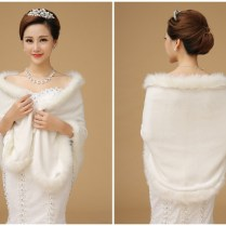 Winter Wedding Dresses With Fur Trim