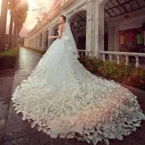 2013 Fashion Luxury Handmade Petals Crystal Long Train Wedding