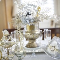 31 Table Centerpieces Ideas For New Year's Eve