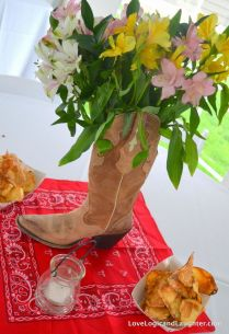 Bandana Table Decorating Ideas