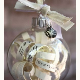 Christmas Wedding Invitation Ideas