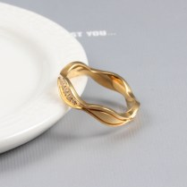 Couple Wedding Rings Design In Gold