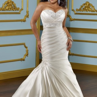 Dresses For Curvy Woman