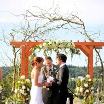 Incredible Simple Wedding Ideas For Summer Backyard Wedding