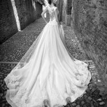 Most Stunning Wedding Dresses Of 2015