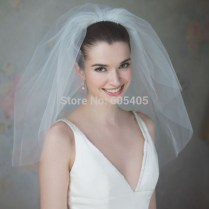 Popular Wedding Veils For Short Hair
