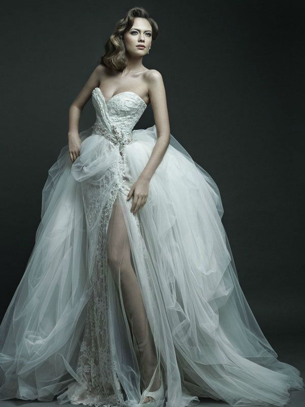 Striking Wedding Dresses With Slit