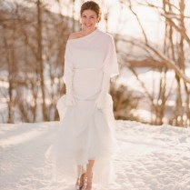 Top 8 Hot Wedding Dresses Styles For Winter Wonderland Weddings