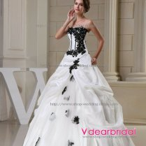 Wedding Dresses With Color Accents Wedding Gowns With Color