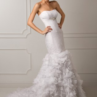 Wedding Dresses With Ruffles On Skirt