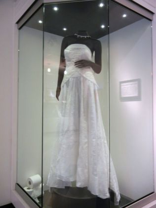 1000 Images About Wedding Item Display Ideas On Emasscraft Org