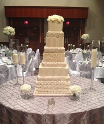 Aggie's Bakery And Cake Shop, Wedding Cake, Wisconsin