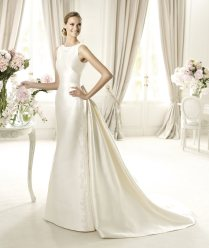 Elegant Silk Wedding Dresses With Sleeves