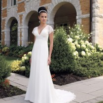 How To Find The Wedding Dress For The Older Bride