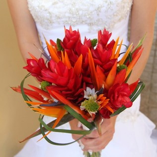 Top 5 Tropical Wedding Bouquets