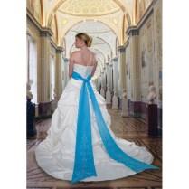 White And Teal Wedding Dress Photo Album
