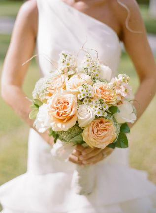 17 Best Ideas About Peach Wedding Bouquets On Emasscraft Org
