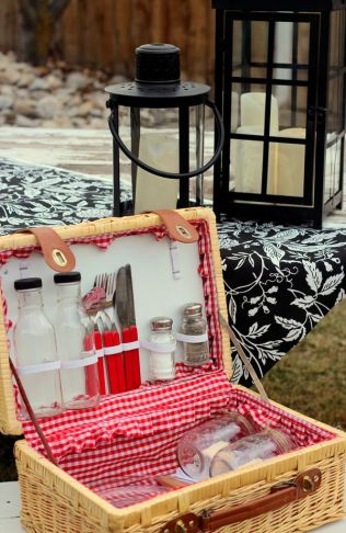 17 Best Images About Picnic Baskets On Emasscraft Org