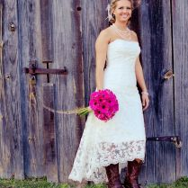 25 Best Ideas About Cowboy Wedding Dresses On Emasscraft Org