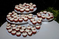 6 Creative Ways To Display Your Wedding Cupcakes