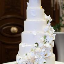 6 Tier Wedding Cake With Sugar Flower Cascade 1987963