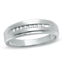 Men's 1 10 Ct T W Diamond Comfort Fit Wedding Band In 10k White