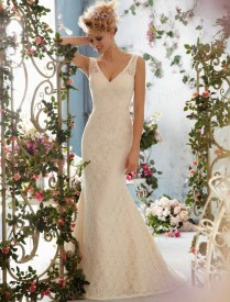 Popular Spanish Lace Wedding Dress