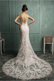 Sexy Mermaid V Neck Low Back Lace Wedding Dress With Buttons