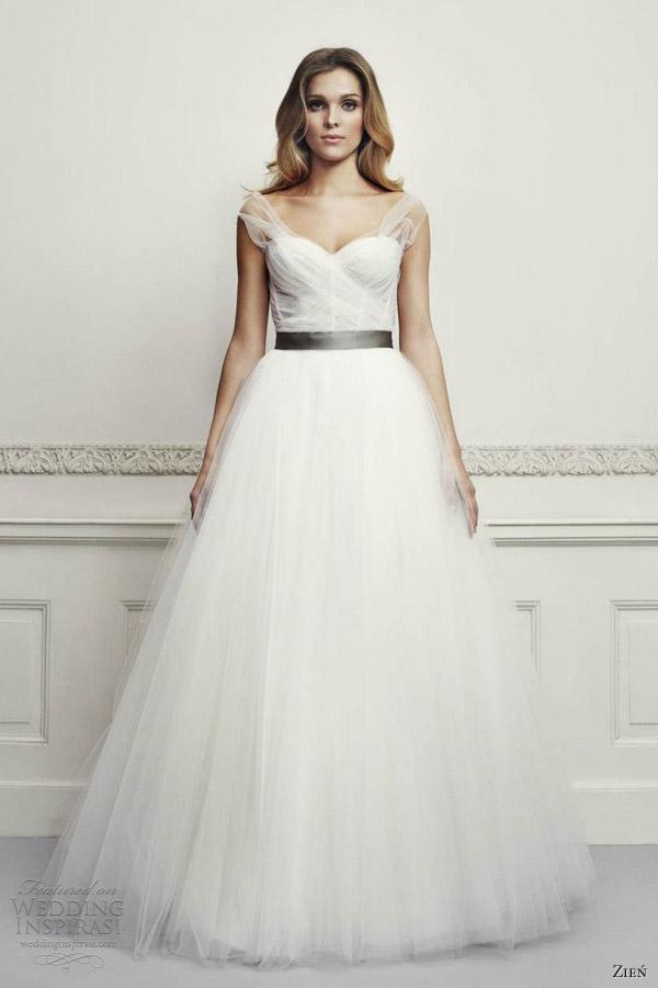 Adding Straps To Wedding Gown