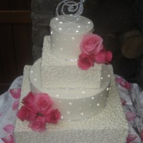 Wedding Cakes With Rhinestone Banding