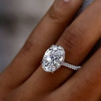 30 Oval Engagement Rings That Every Girl Dreams