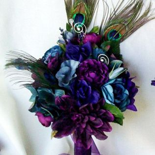Flower Arrangements With Peacock Feathers For Weddings Best 25