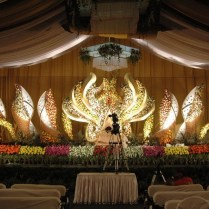 Fresh New Wedding Stage Decoration Photos 57 For Wedding Table