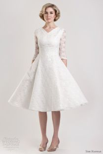 How To Find The Perfect Wedding Dress For The Older Bride