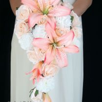 Lily Flower Bouquet Wedding Best 25 Lily Wedding Bouquets Ideas On