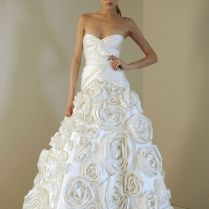 Queen Style Rose Wedding Dress 97 All About Wedding Dresses