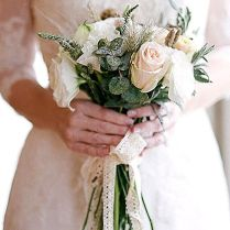 Small Bouquets For Weddings The 25 Best Small Wedding Bouquets