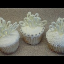 Well Decorated Cupcakes For Weddings 9