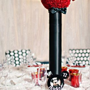 25 Ideas For A Mickey And Minnie Inspired Disney Themed Wedding