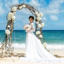 30 Floral Wedding Arch Decoration Ideas