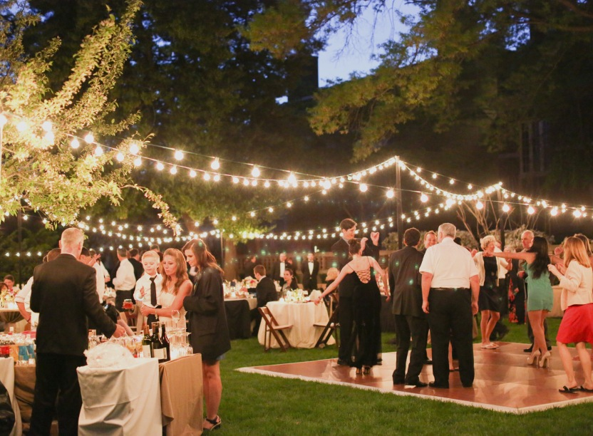 Free Outdoor Wedding Venues