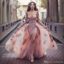 2017 New Arrival Pink Mermaid Wedding Dresses Scoop Neck Sleevless