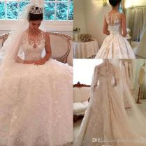 2017 Vintage Lace Ball Gown Wedding Dresses Sheer Plus Jewel Neck