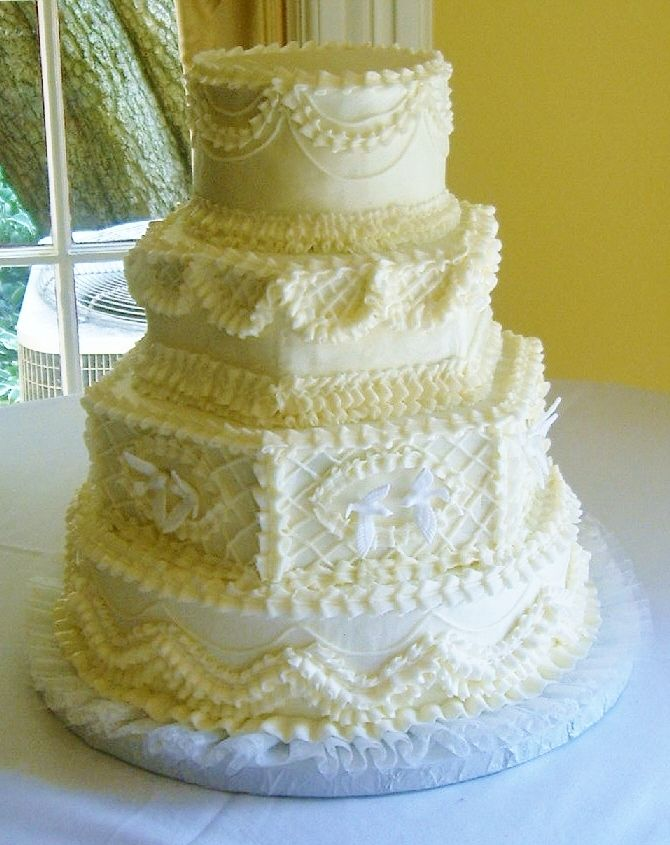 Old Fashioned Wedding Cake Designs
